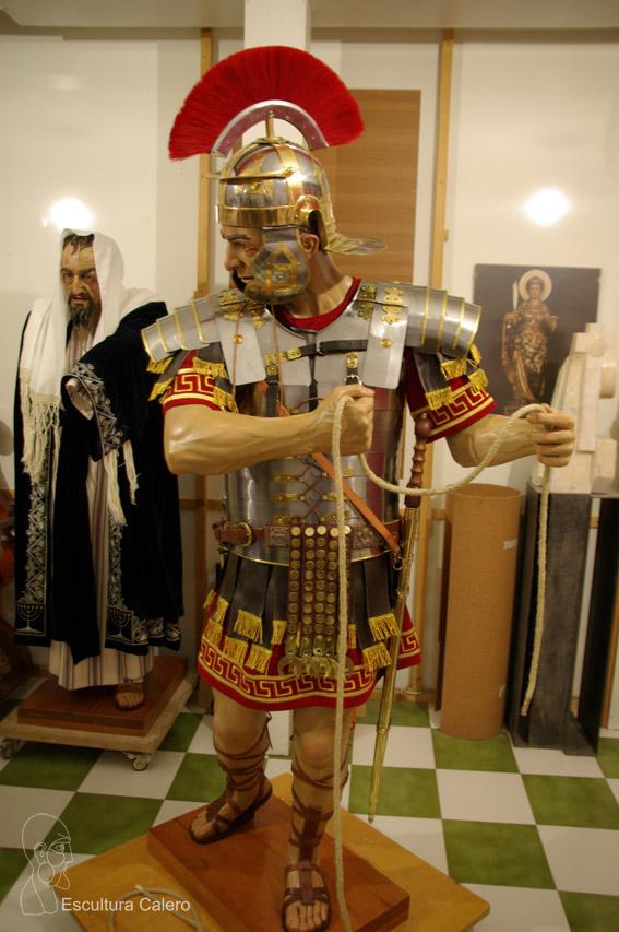 Romano con casco